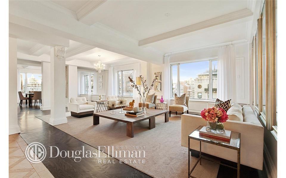 1045 Park Ave 15ab Co Op Apartment Sale In Carnegie Hill Manhattan Streeteasy Loft Living Stylish Living Room White Master Bedroom