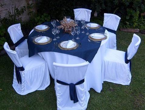 Sillas vestidas manteleria en 2019 fundas para sillas for Mesas redondas plegables para eventos