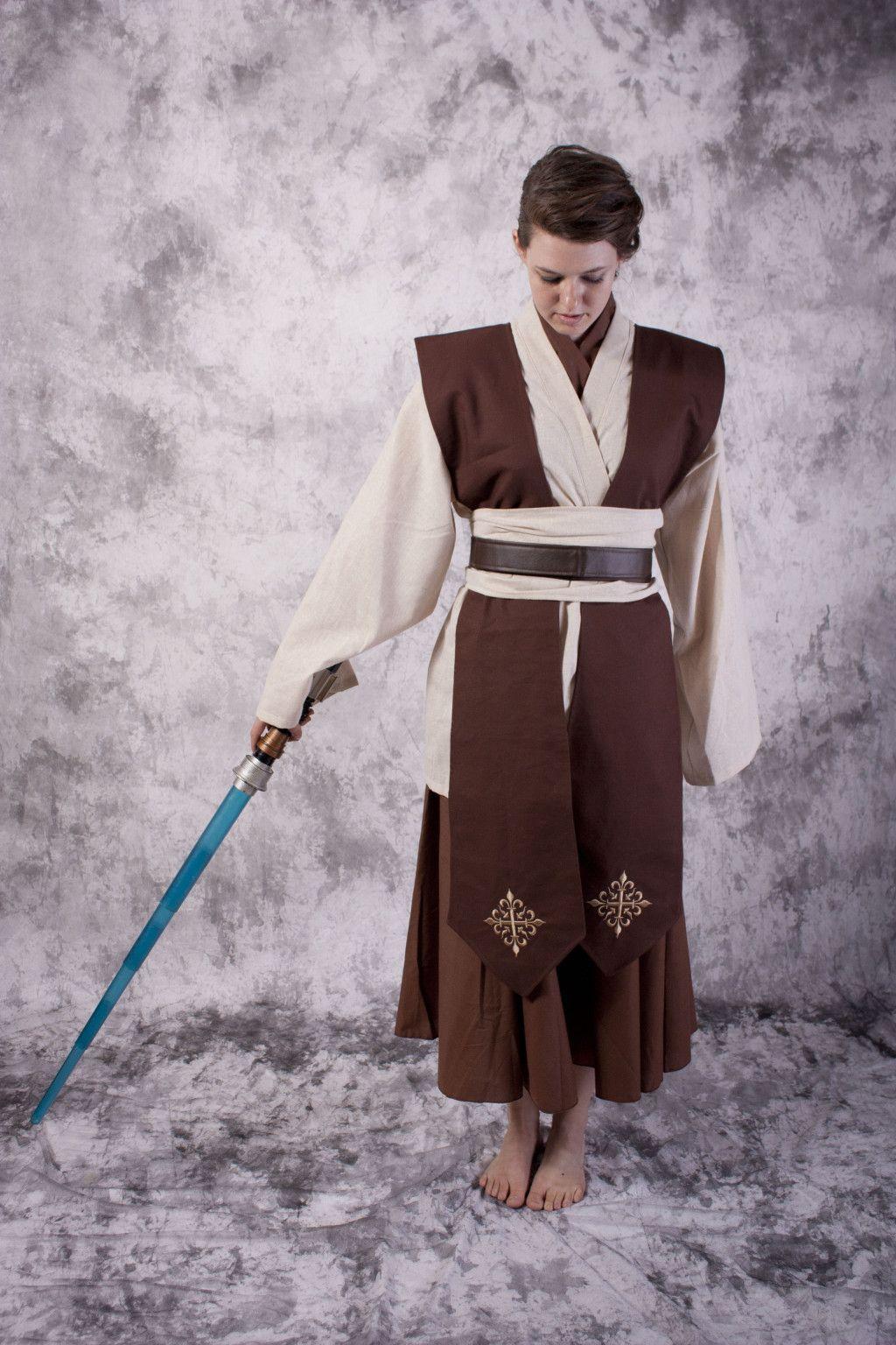 Female Jedi costume. I think I\'ll make it myself. | Costume ideas ...