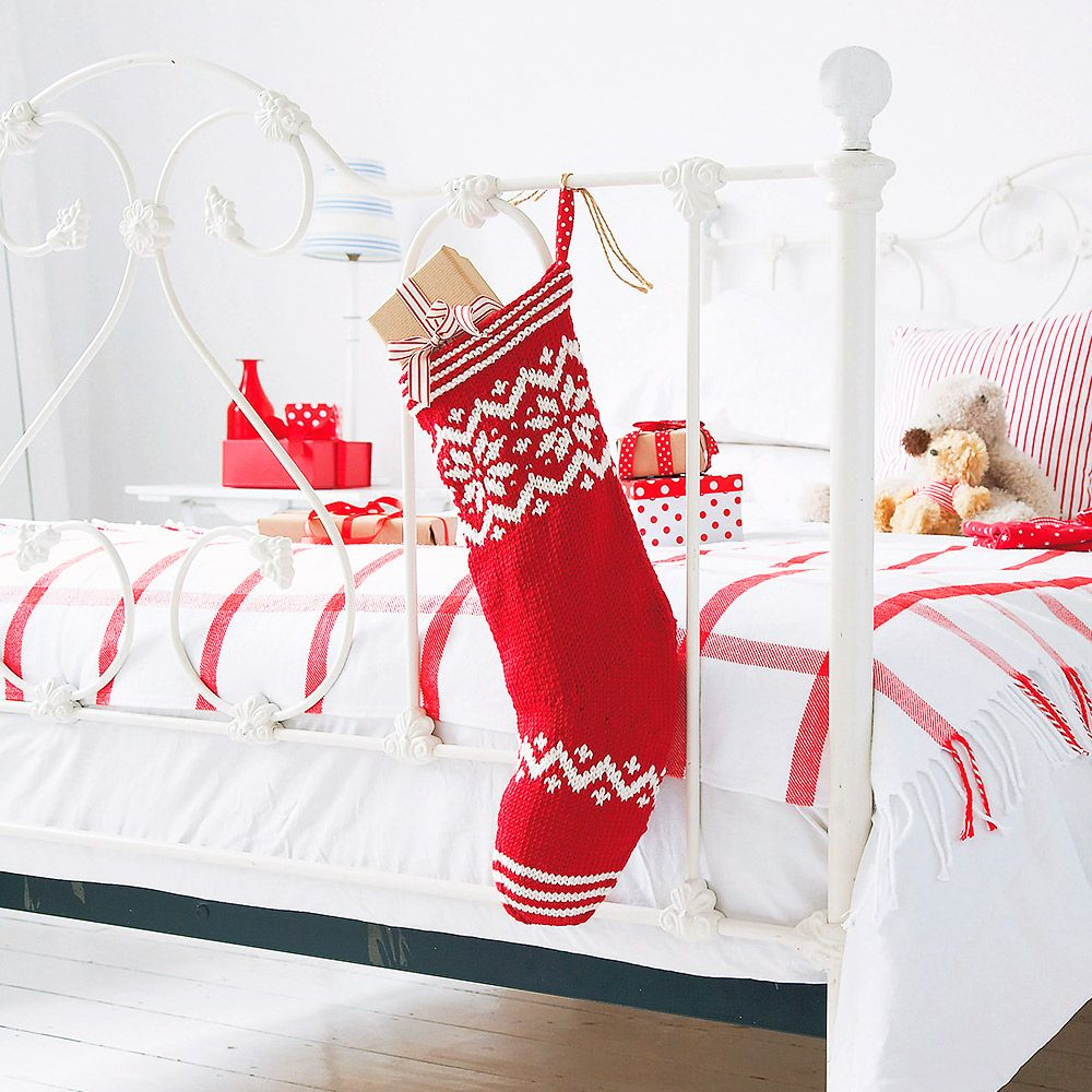 How to knit your own Christmas stocking | Knitting | Pinterest ...