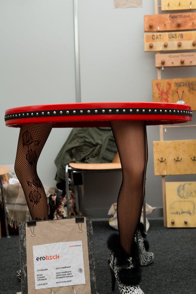 Unique #Upcycling table. The table legs are from a liquidation of a hosiery business. Design http://www.upcycling-markt.de/shop_andercover-2.html. Sold. ----------------------------------------------------- EroTisch - Einzigartiger #Upcycling-Tisch. Die Tischbeine stammen aus der Auflösung eines Strumpfwarengeschäfts. Design http://www.upcycling-markt.de/shop_andercover-2.html. Leider schon verkauft.