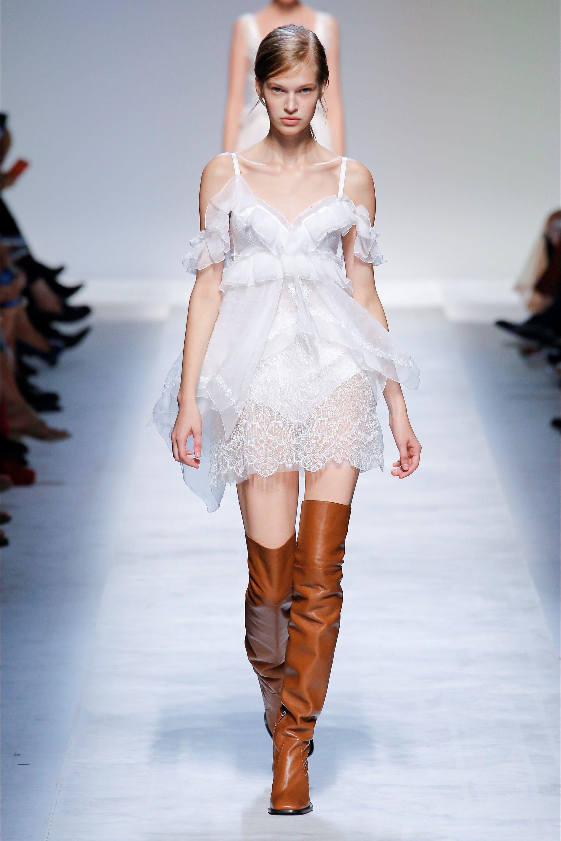 f74aa2213c9d Sfilata Ermanno Scervino Milano - Collezioni Primavera Estate 2019 - Vogue