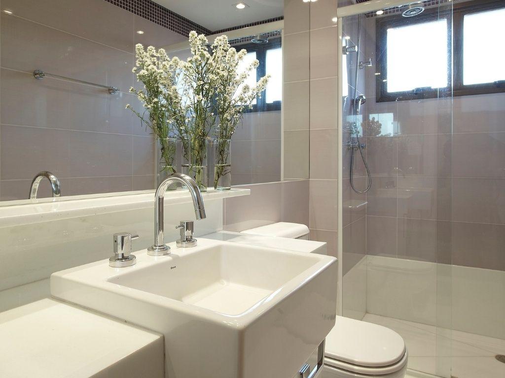 Do Banheiro Pequeno Banheira Chuveiro e Pias De Banheiro Canto #81784A 1024x768 Aqui Não é Banheiro De Cachorro