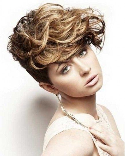 Preferenza capelli ricci corti - Cerca con Google | Mossi /Ricci /Ondulati  PR14