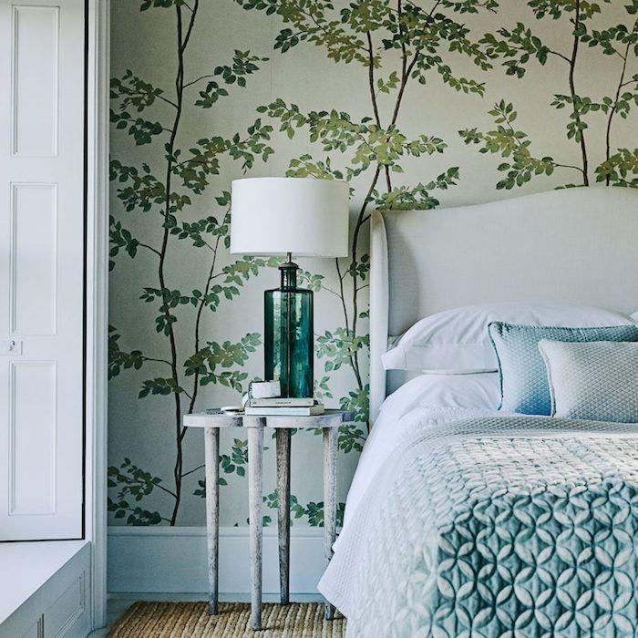 Papier Peint Chambre Adulte Greenery Lit Blanc Couverture Bleu - Chambre adulte vert et marron