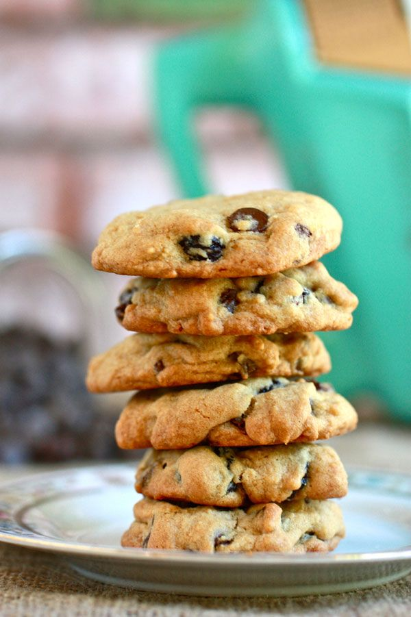 Is there ever a bad time to make cookies? Change it up with these chocolate cherry chunk cookies!