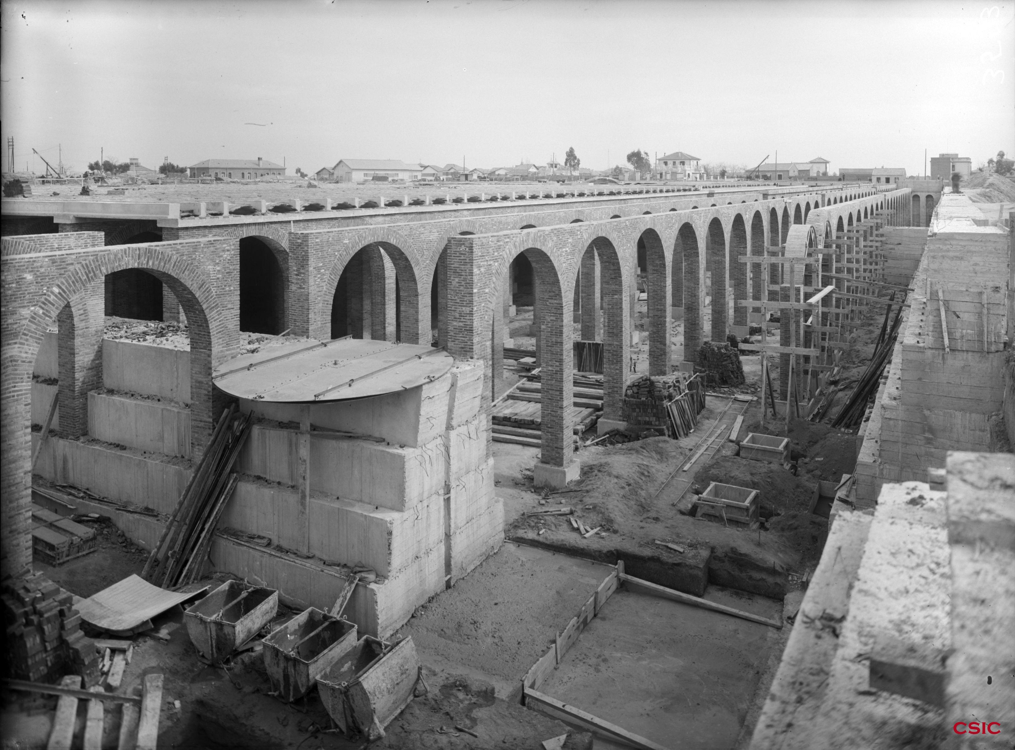 Obras del tercer dep sito del canal de isabel ii for Oficinas canal isabel ii madrid