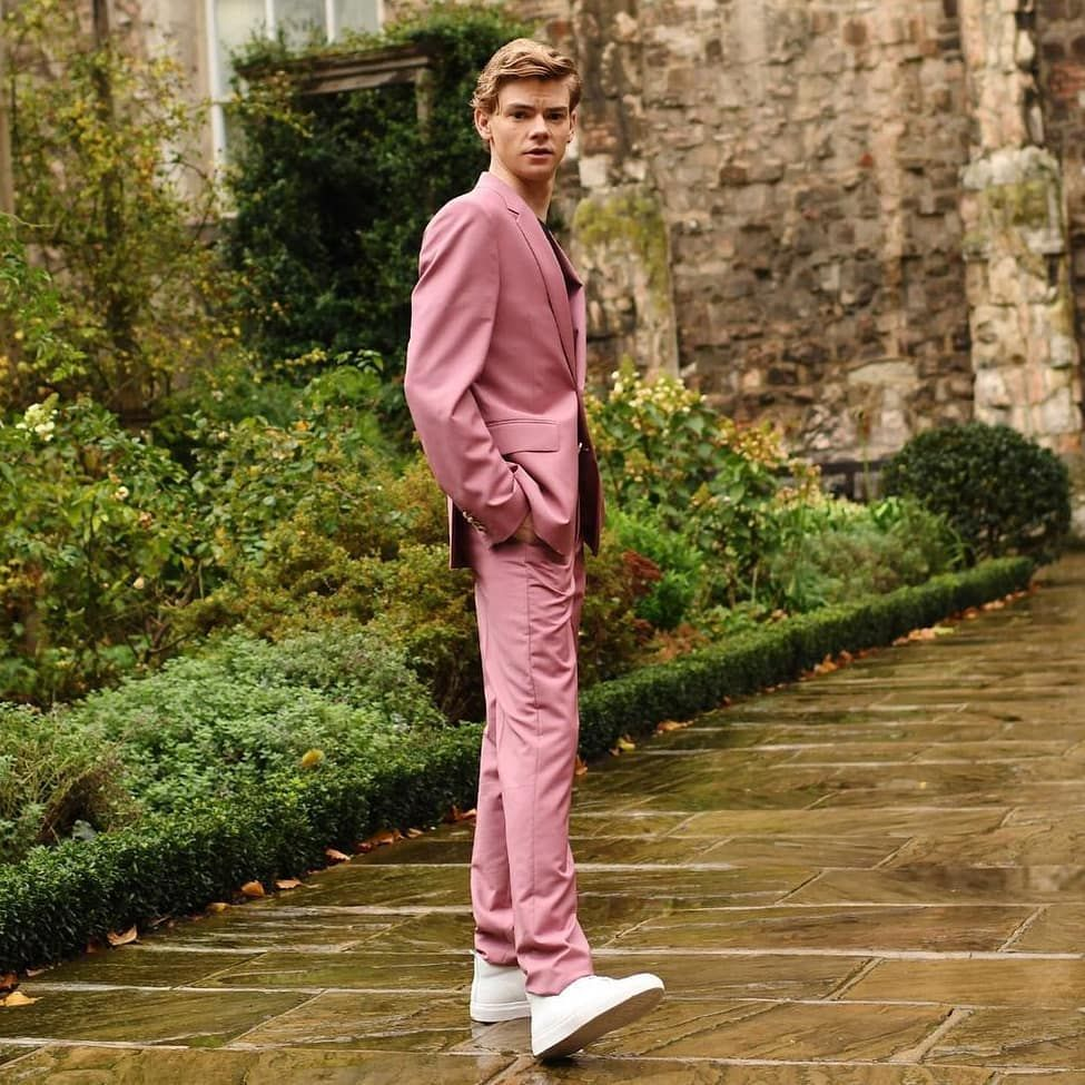 """Thomas Brodie Sangster on Instagram: """"New/Pink😍 Th"""