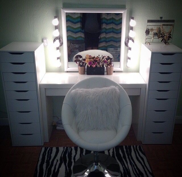 makeup vanity with mirror and chair. Vanity chair  light bulb strips around mirror Makeup Organization Pinterest Vanities