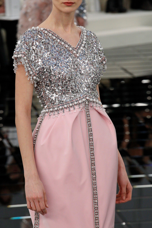 Chanel Spring 2017 Couture Fashion Show | Vestidos fiestas, Alta ...