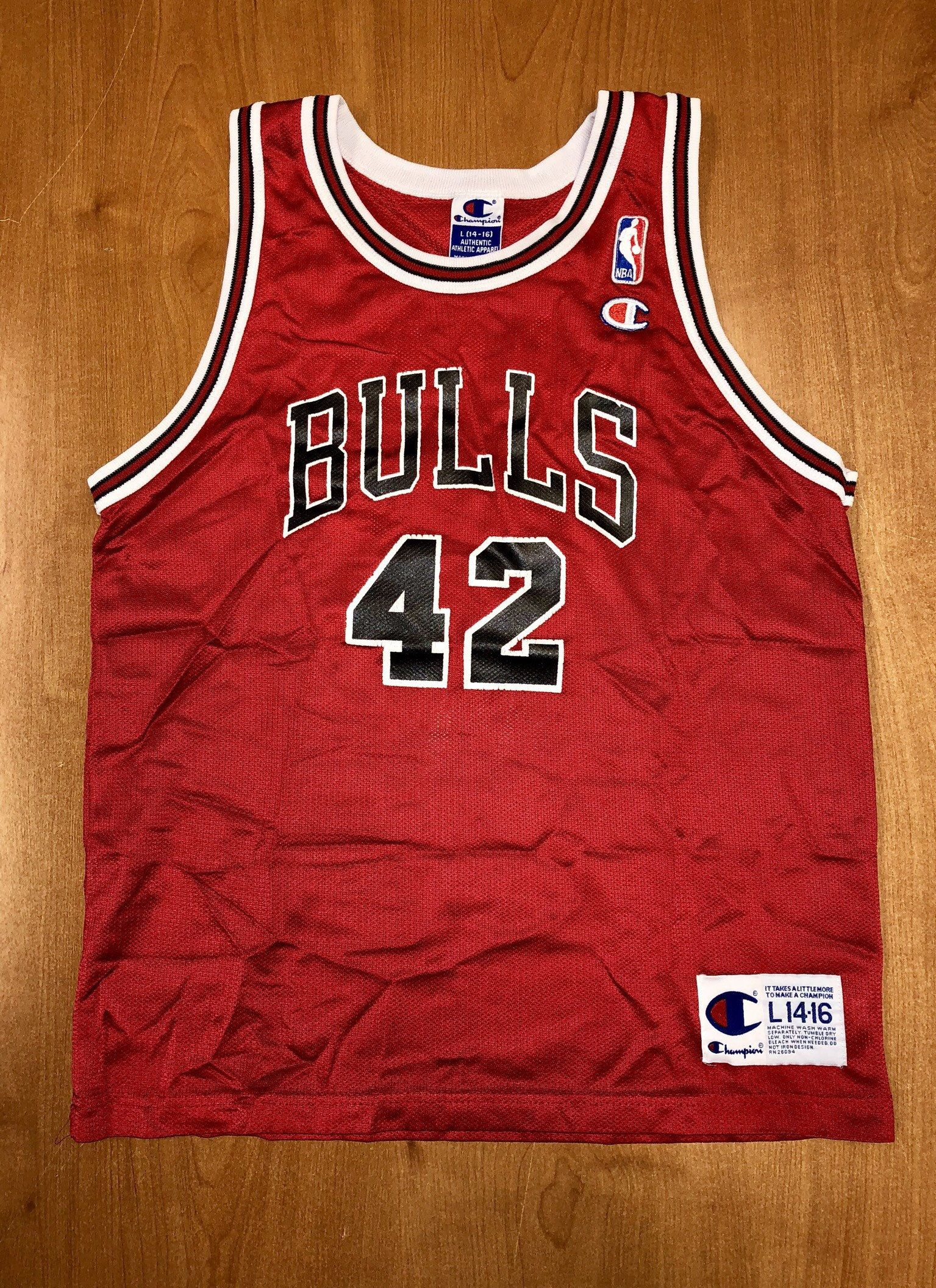 ee11ba3339e Vintage 1998 Elton Brand Chicago Bulls Champion Jersey Size Youth L nba  finals hat shirt scottie pippen authentic Michael Jordan duke by  BroadwayVintageLLC ...