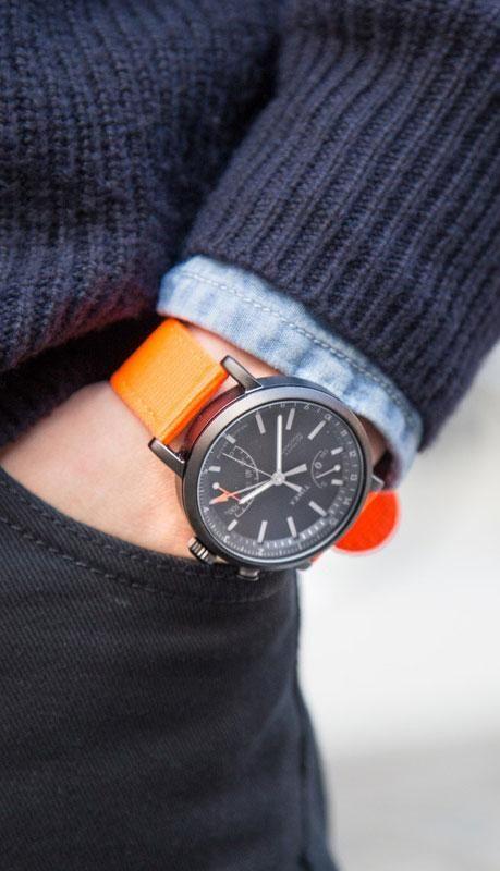 2671d5ae8fcb Timex Metropolitan+  A handsome watch that s also an activity ...