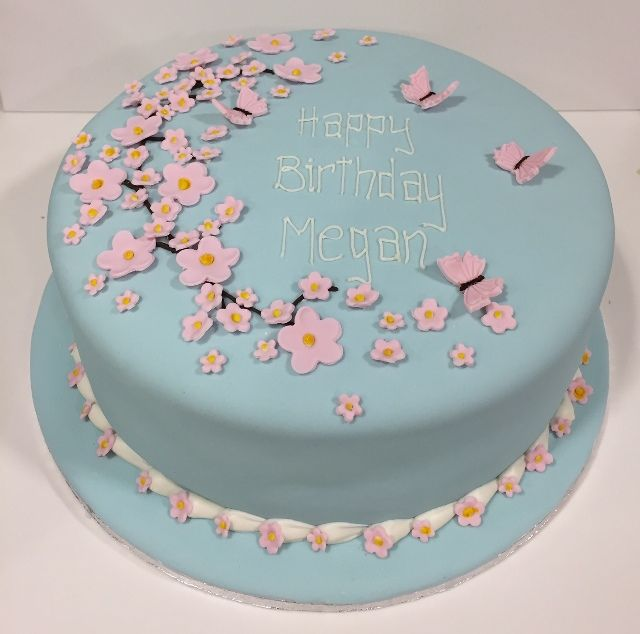 Blue and pink flower and butterfly cake recipes Pinterest