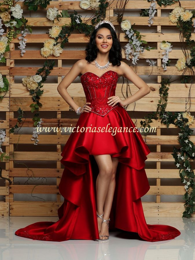 8dd05277fe Luxury   Gorgeous Red Wedding Dresses 2018 Ball Gown Off-The-Shoulder  Spaghetti Straps Short Sleeve Backless Gold Appliques Lace Cathedral Train  Ruffle