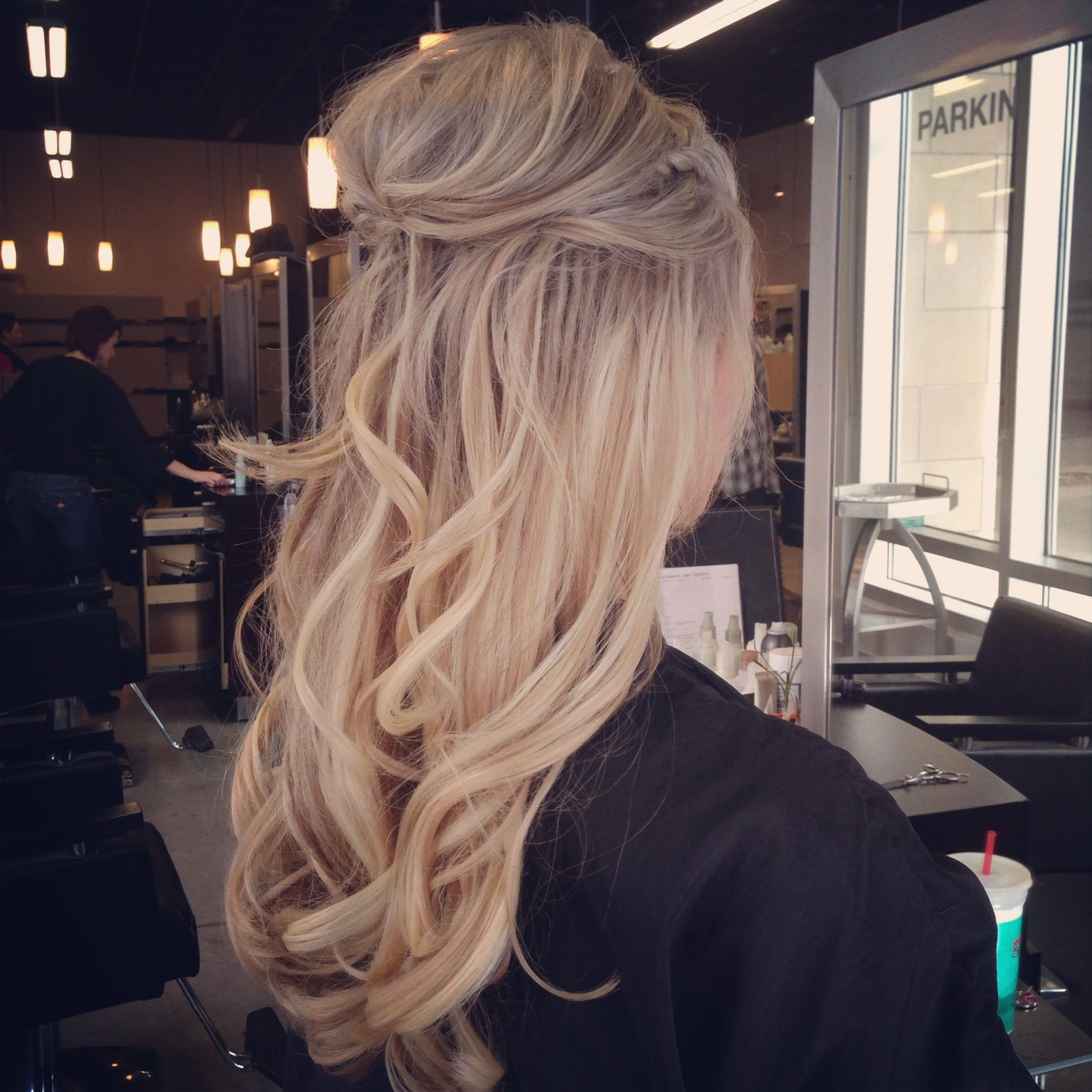 Perfect blonde loose curls wedding ideas for kelsey and ike