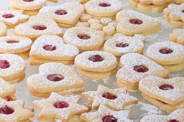 German Spitzbuben cookies