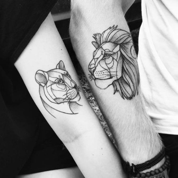 "Lion Tattoos on Instagram: ""@siempre_sonriente #liontattoo #liontattoos #couplesgoals #coupletattoos @fifiteli"""