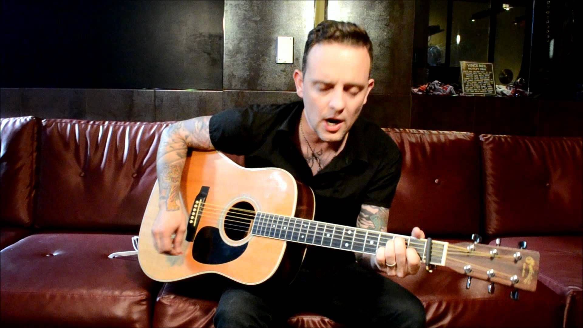 Dave Hause C Mon Kid Live Acoustic Punk Hard Rock First Love
