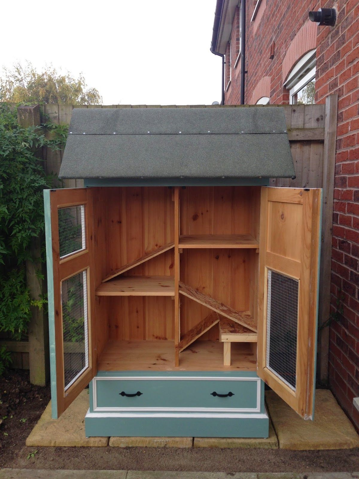 a pin too diy litter handmade the drawer style hidden in hutches sale rabbit keep hutch but for like box this