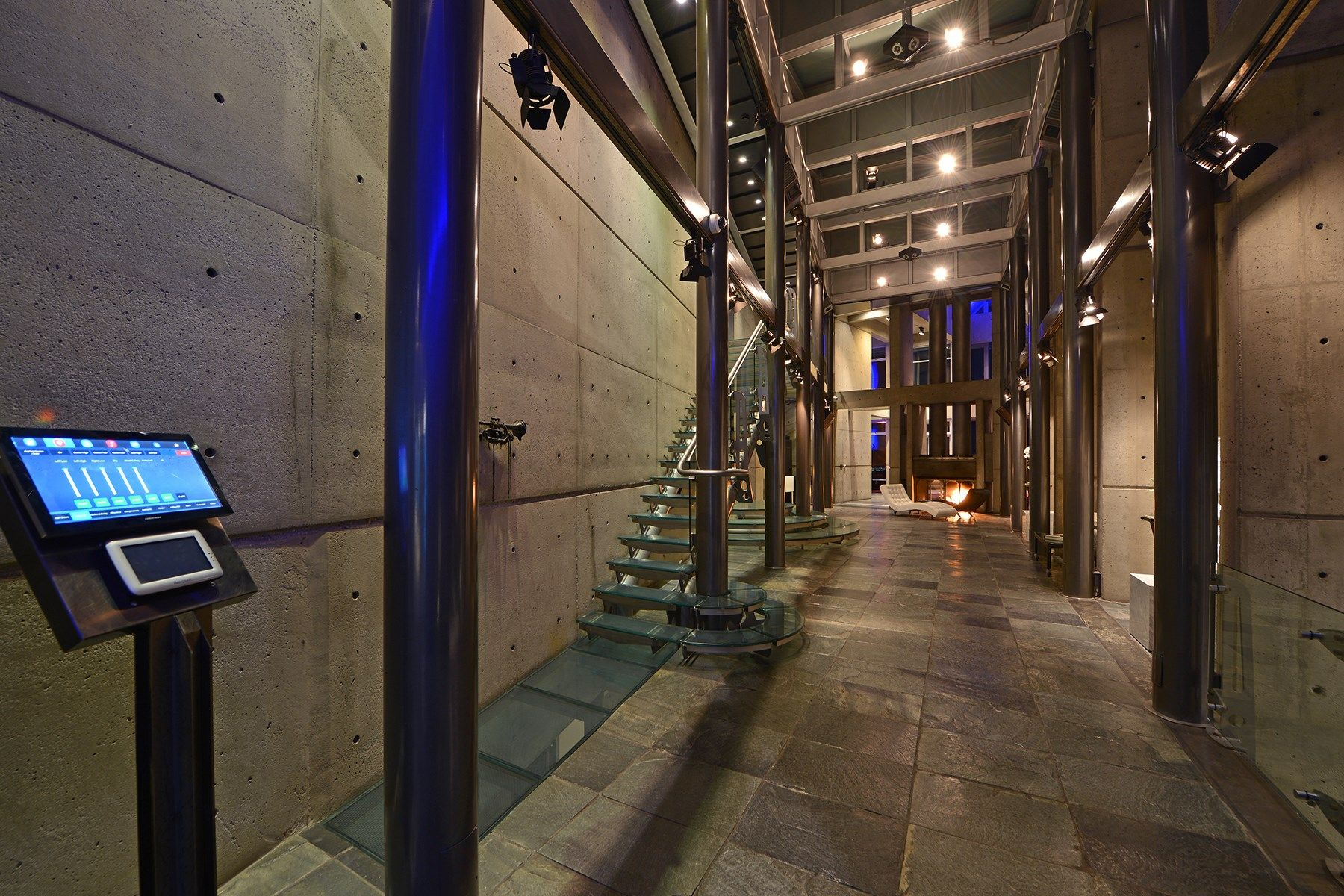 Bauhaus-style mansion in Hollywood Hills. Architect: David Grey