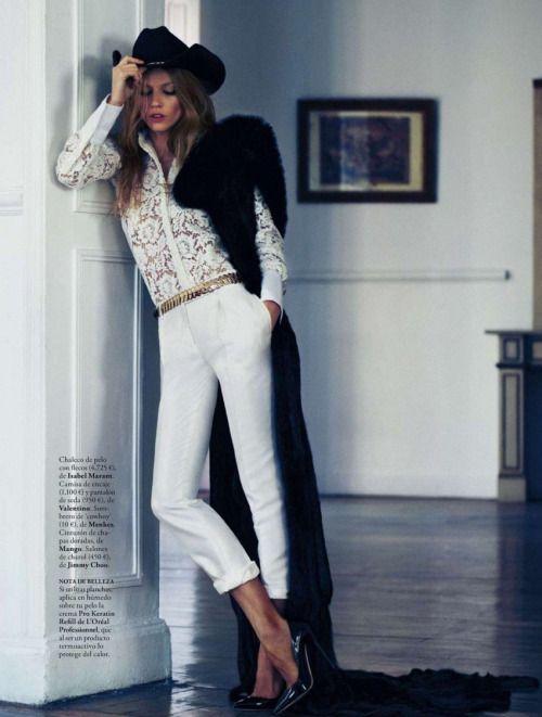 what-do-i-wear:  Elle Spain January 2013