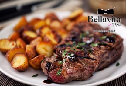 http://www.bellavitainpuglia.net/deals/22-90-euro-invece-di-50-per-un-gusto-al-castello-per-2-da-bella-veduta-a-trani_2271.html