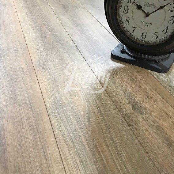 Nest 8mm Staten Oak 4v Groove Laminate Flooring