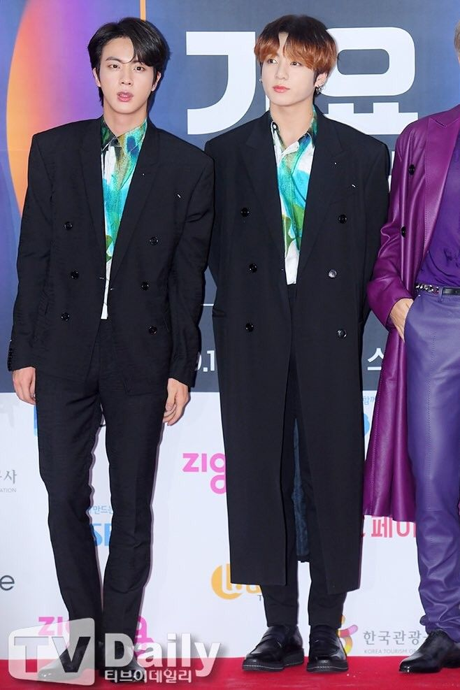 BTS IN THE SBS MUSIC AWARDS PHOTO WALL LIVE (2019) (With images) | Seokjin bts, Jungkook, Bts ...