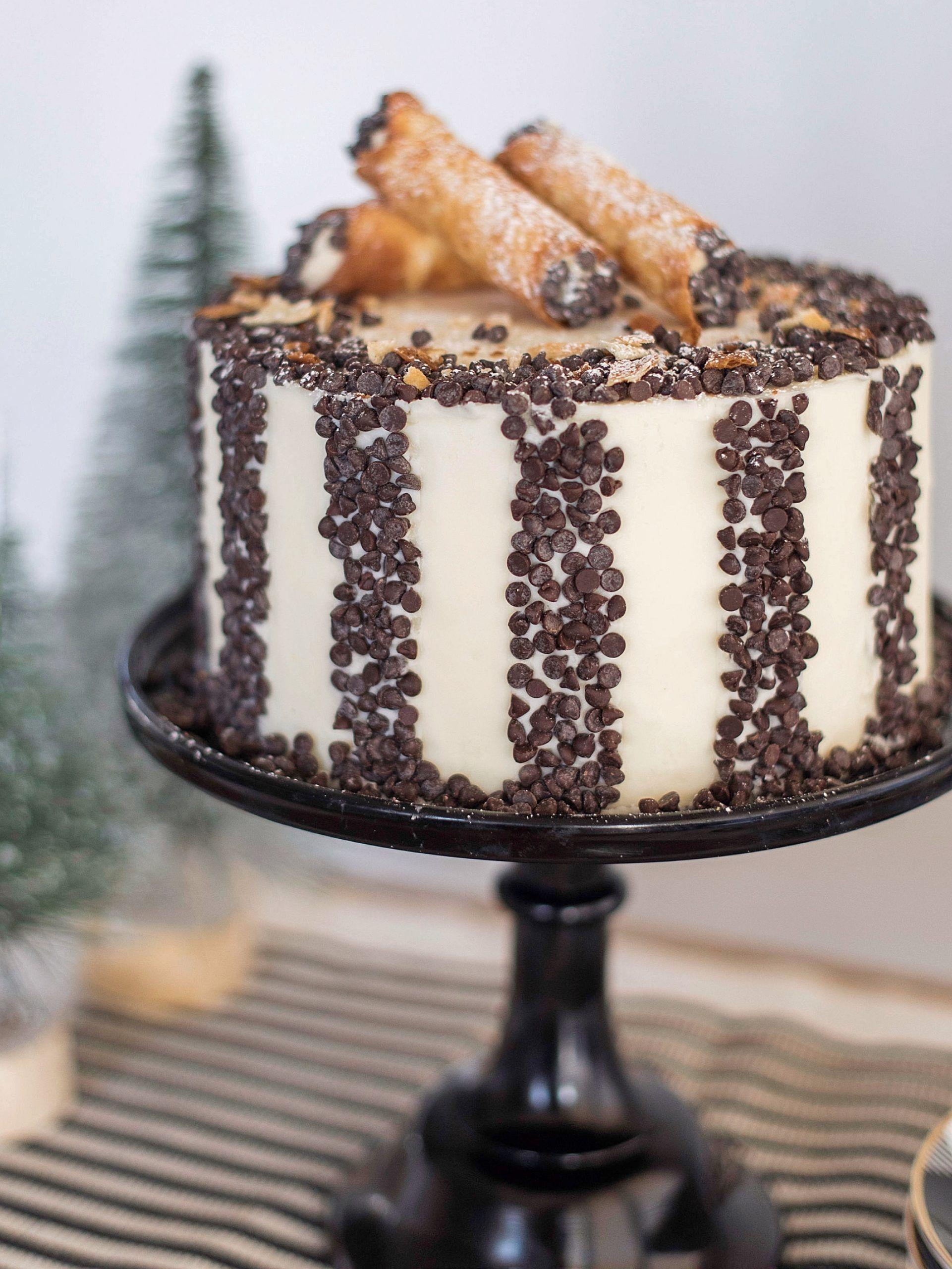 Christmas Cakes 2021 Pinterest 900 Christmas Cakes Ideas In 2021 Christmas Cake Cupcake Cakes Cake