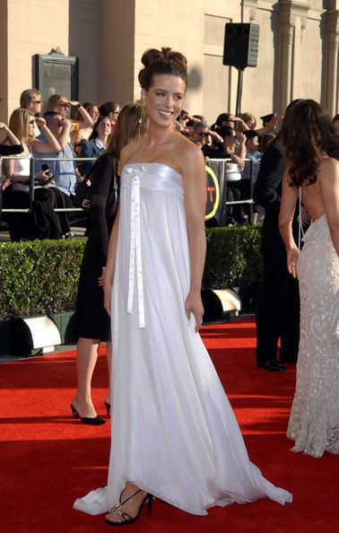 Kate Beckinsale in Celebs in White Dresses   Tom ford, My wedding ...