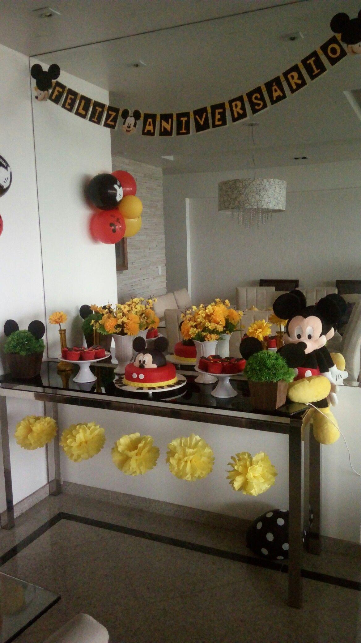 Decoração simples menino Mickey
