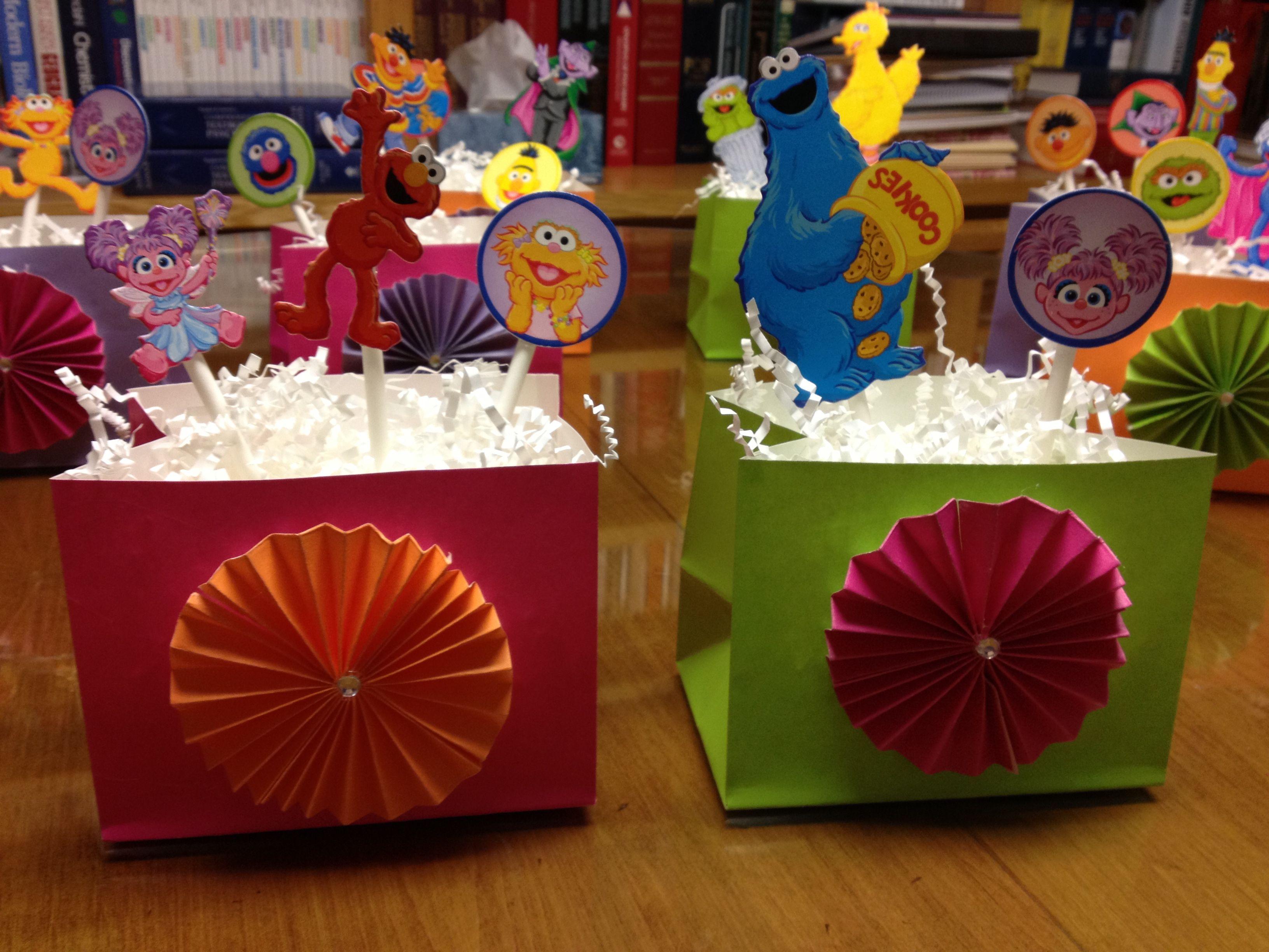 1St Birthday Sesame Street Centerpieces