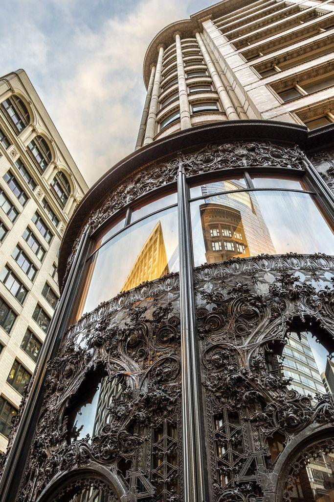 The Carson Pirie Scott Building in Chicago, Illinois