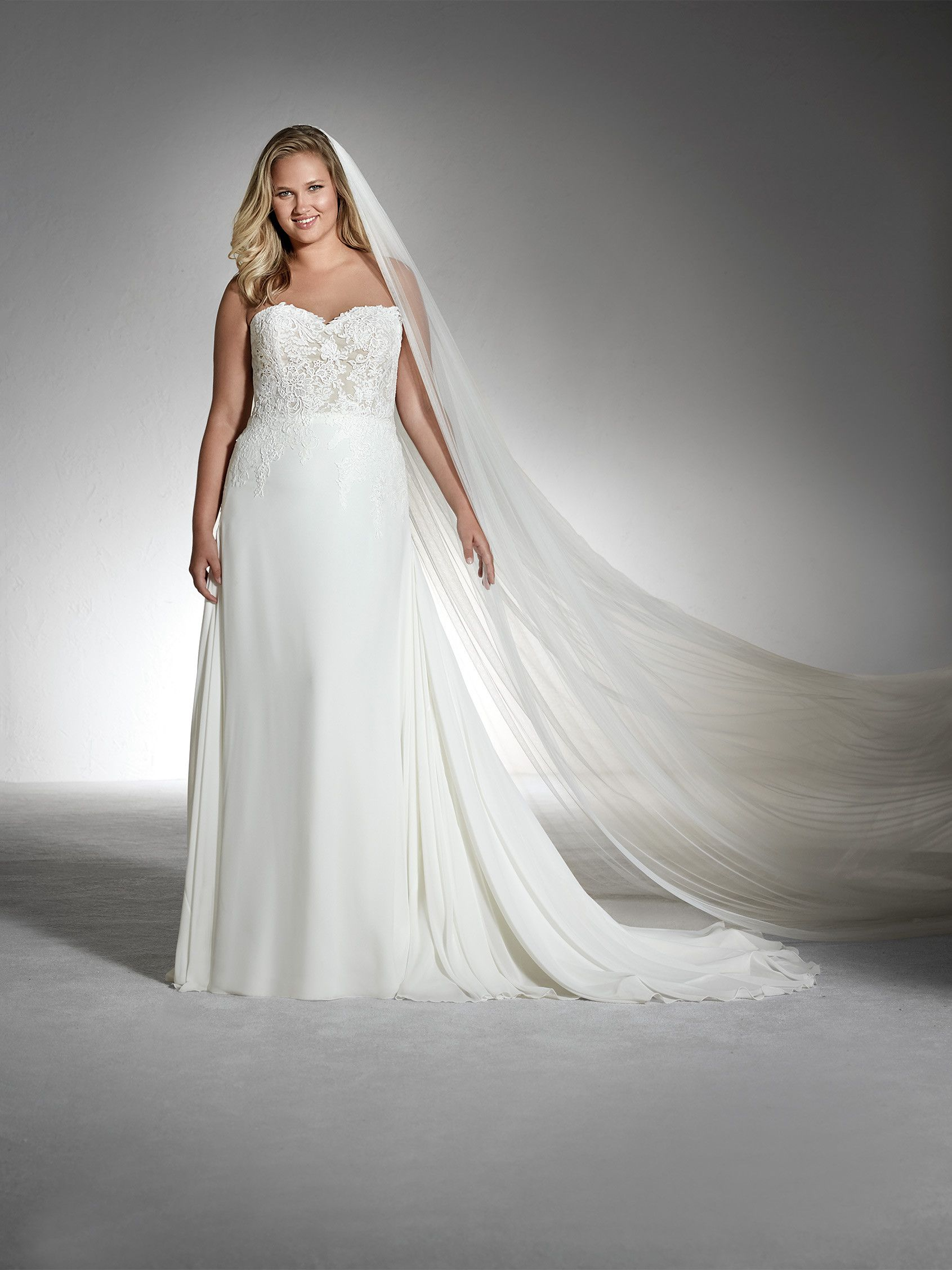 Filipa I White One Plus Collection - Pronovias San Patrick: A-Linie ...