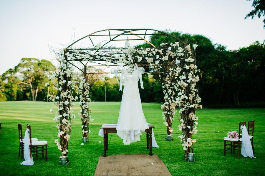 Casamento no Galeria Jardim – Paula e Valtair http://lapisdenoiva.com/casamento-galeria-jardim-paula-e-valtair/ Foto: Carol Bustorff