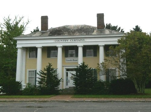 Country Curtains · Levi Lincoln Jr. House (1836)   Relocated From Worcester  To Sturbridge, Ma