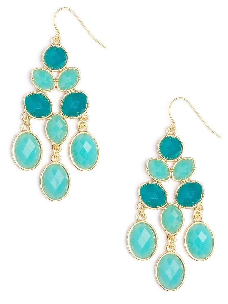 Glittering, glamorous and oh-so-glitzy, these stunning earrings offer an uniquely aquatic take on your traditional chandelier style. Just check out those faceted gems in mesmerizing ocean hues.