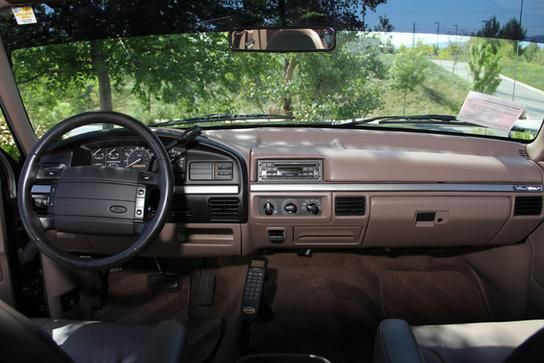 Back In The Day 1995 Ford Bronco Eddie Bauer I Just Sold My 39 95 Bronco Vehicles