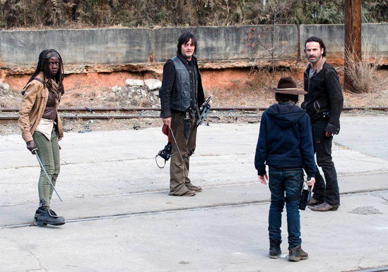 Andrew J. West | Walking Dead' Season 5 Spoilers: Andrew J. West Discusses His ...