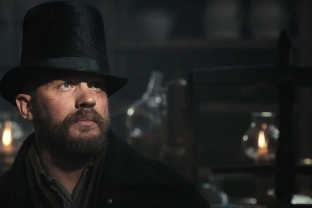 Tom Hardy is a 'very dangerous man' in the new trailer for FX's Taboo