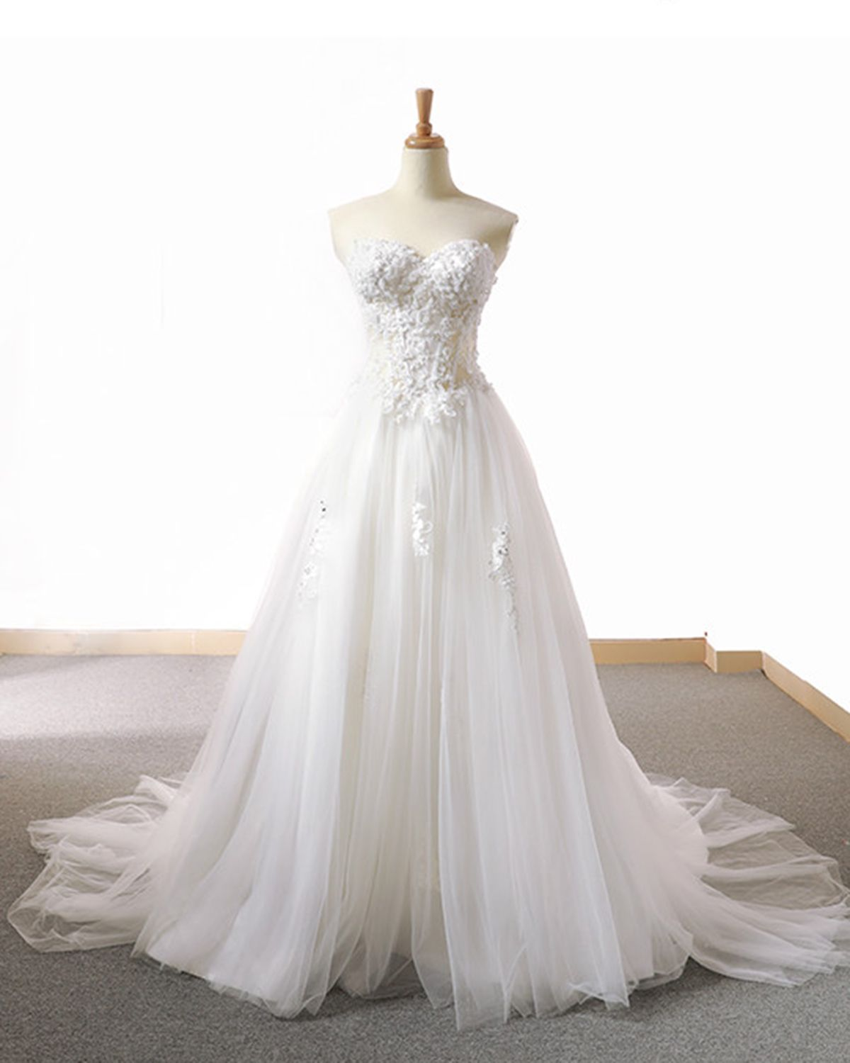 White tulle sweetheart neck long formal dress long simple lace