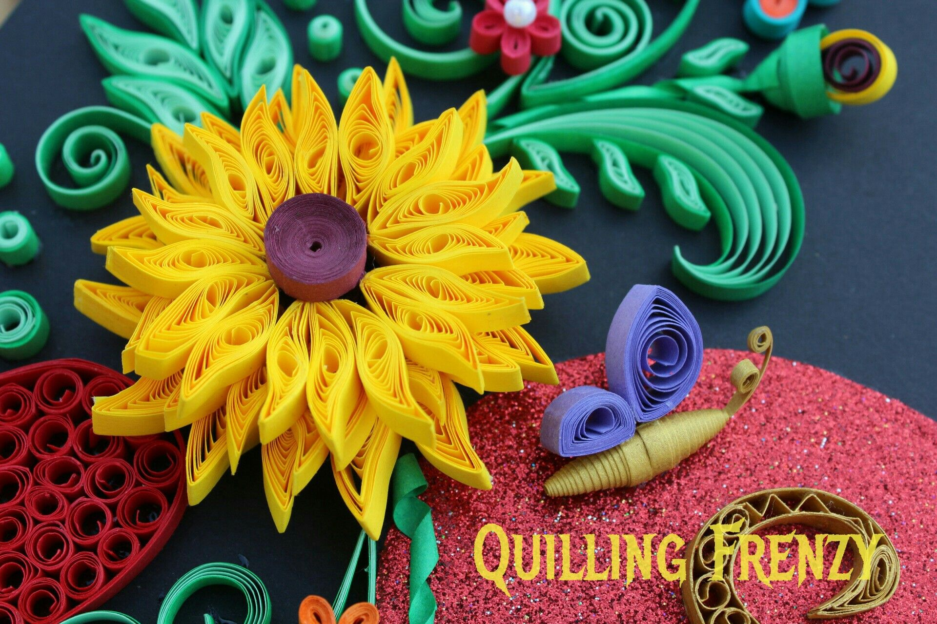 Pin by Rama Ayyappan on Quilled wall frames- Quilling frenzy ...