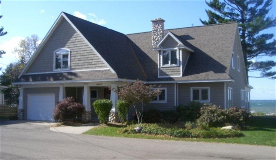 House vacation rental in South Haven from VRBO.com! #vacation #rental #travel #vrbo