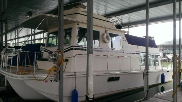Used 1982 Holiday Mansion Flush Deck Barracuda 36 X 12 Knoxville Tn 37923 Boattrader Com 18k Mansions Boat Used Boats