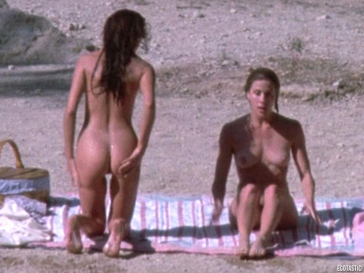 Jennifer Connelly Hot Spot Nude 46