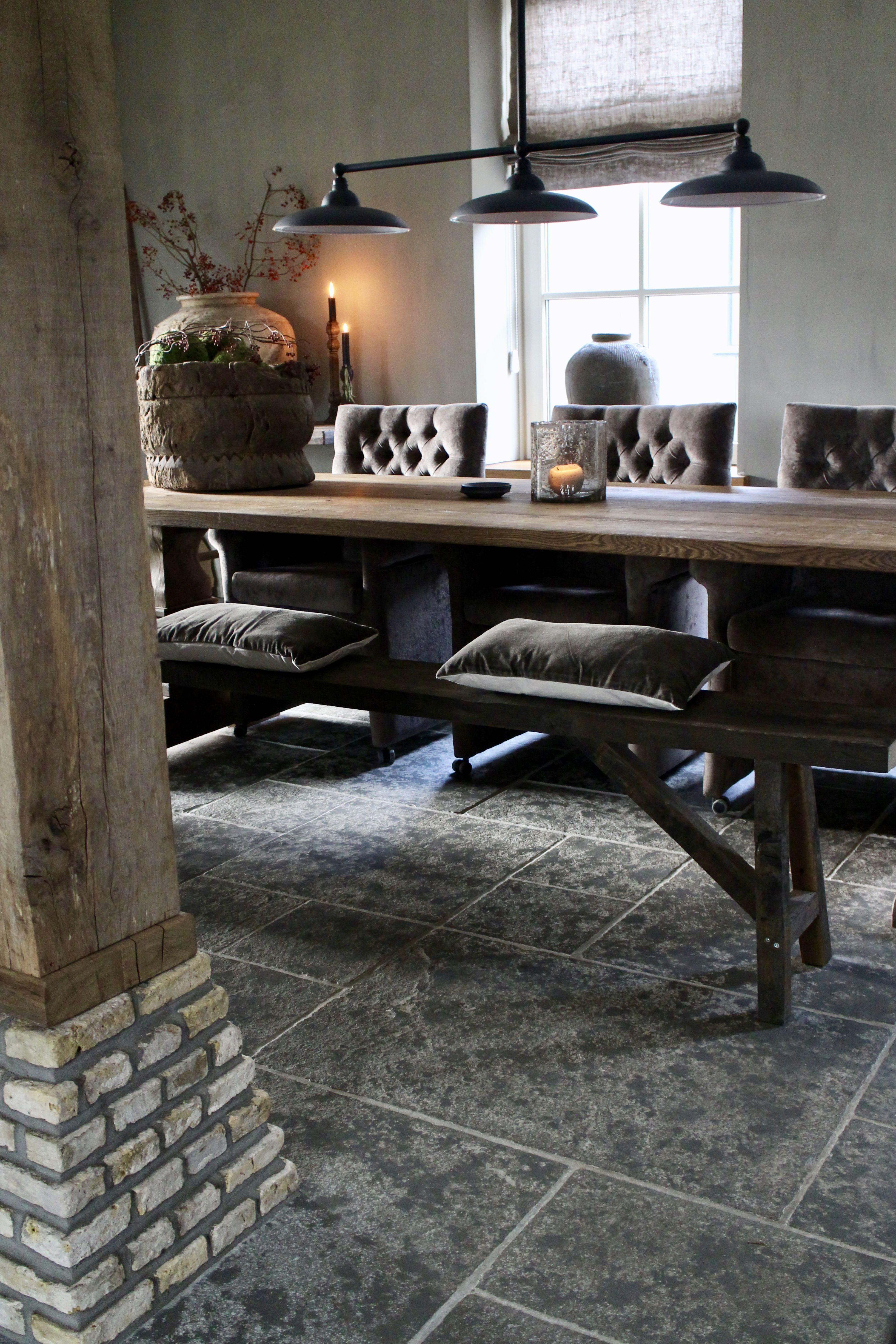 Binnenkijken bij Geeske Eettafel stoelen, Decoraties en
