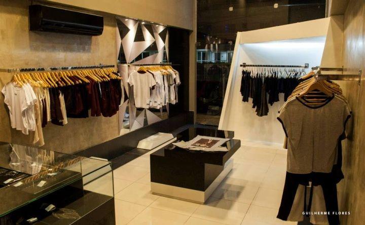 2flying Store By Reinaldo Lima Fortaleza Brazil Store Design Store Fortaleza