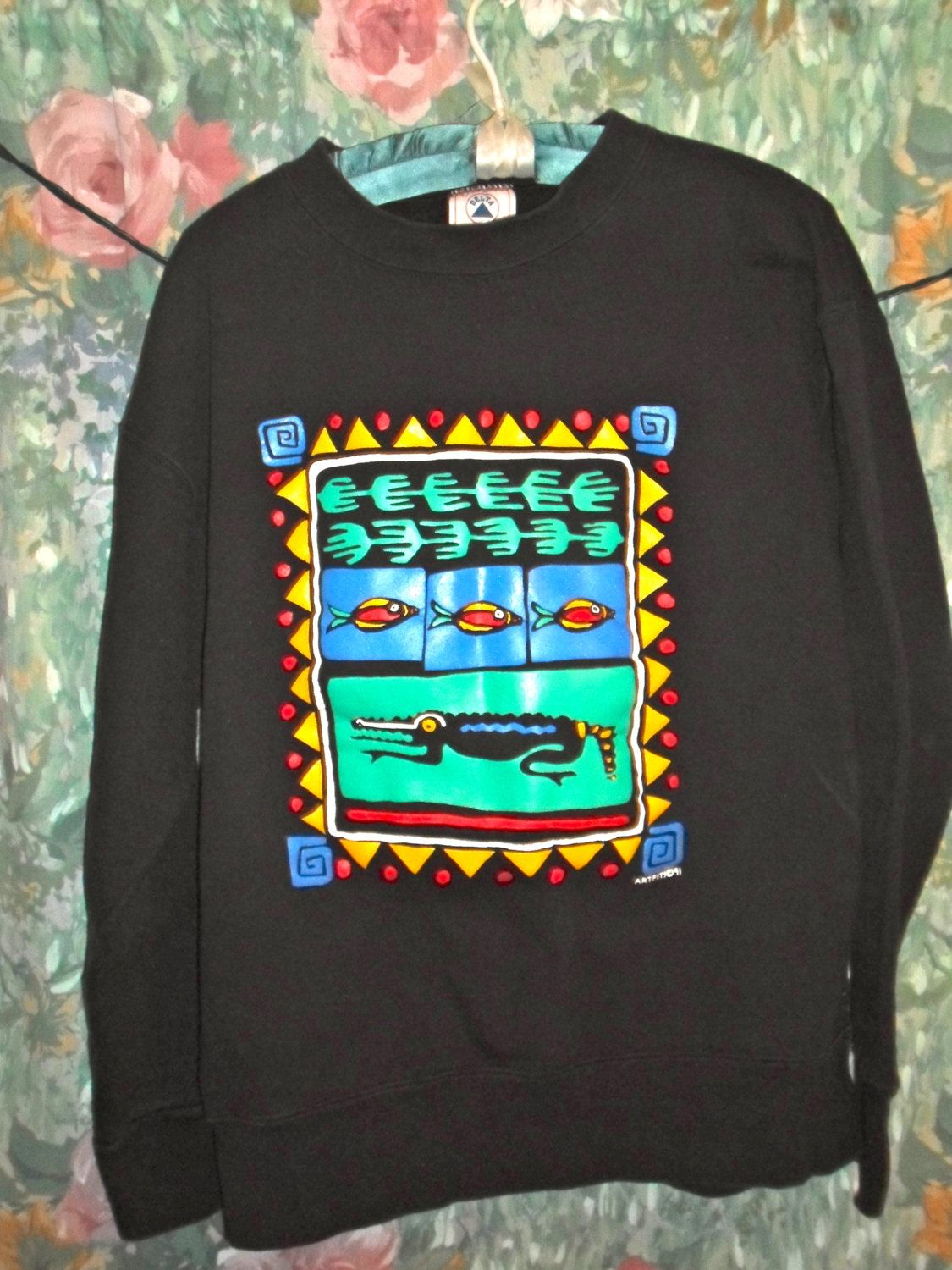 90s Tribal African Western Print With Bright Colors Crewneck Sweatshirt 25 00 Via Etsy Clothes Tribal African Crew Neck Sweatshirt [ 1500 x 1125 Pixel ]