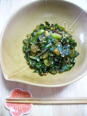 ご飯がすすむ☆ケールのおかか炒め by チャーミル [クックパッド] 簡単おいしいみんなのレシピが232万品