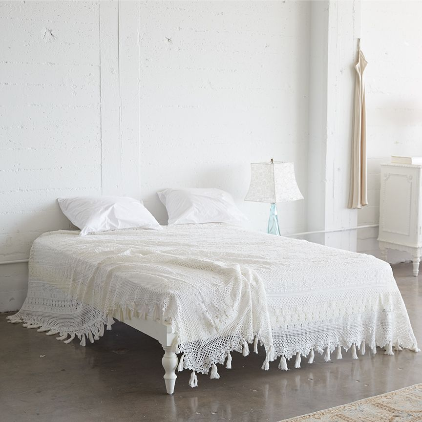 white lace bedding cover